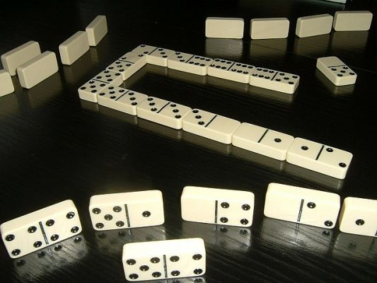 Weird Laws: Dominoes Banned on Sundays